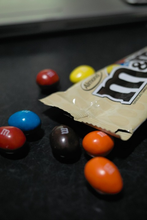 M&M_chocolate04162011dp2-2.jpg